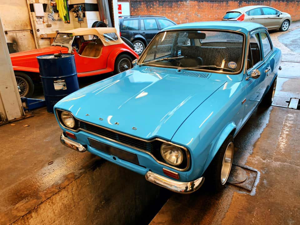 We enjoy working on cars of all makes and models, including classic cars! Get in touch about servicing or repairing your vintage car at Morley Auto Services. #classiccars #classiccargarage #Redhill #Reigate